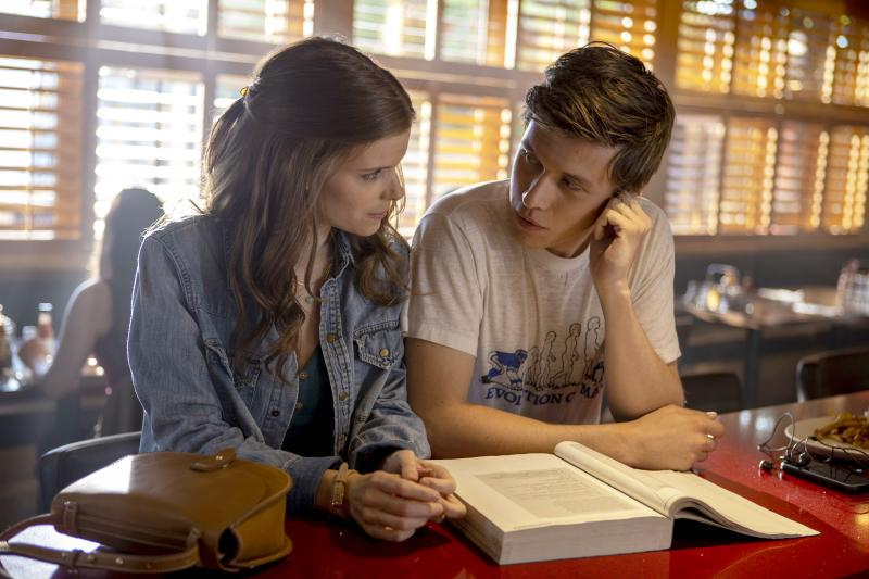 A Teacher: Kate Mara en Nick Robinson