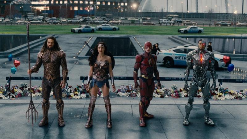 Zack Snyder's Justice League: Jason Momoa, Gal Gadot, Ezra Miller en Ray Fisher