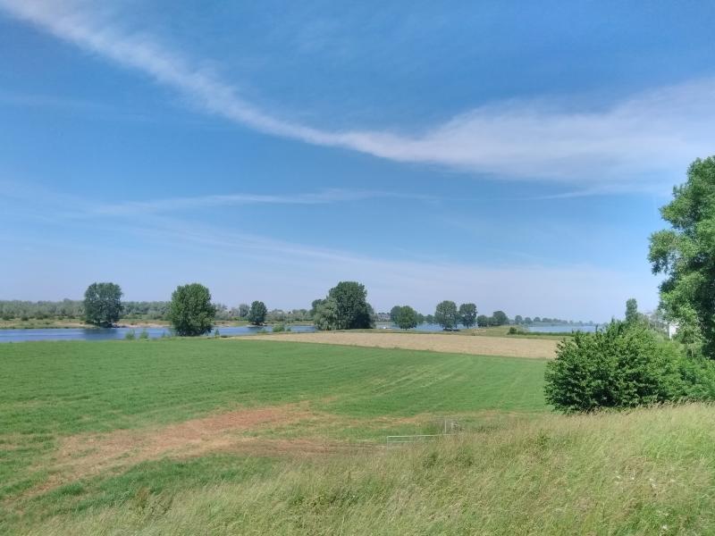 Uitzicht over de Maas bij Maren-Kessel (Foto: Kroezel)