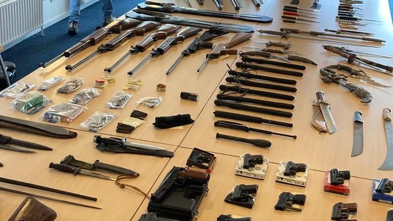 'Den Bosch ontwapent' Bron: Politie