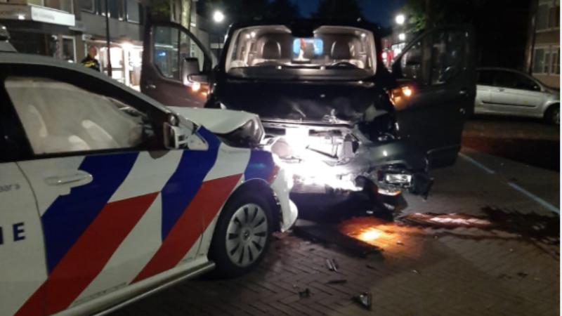 Botsing met politieauto Soesterberg (Bron: Politie)