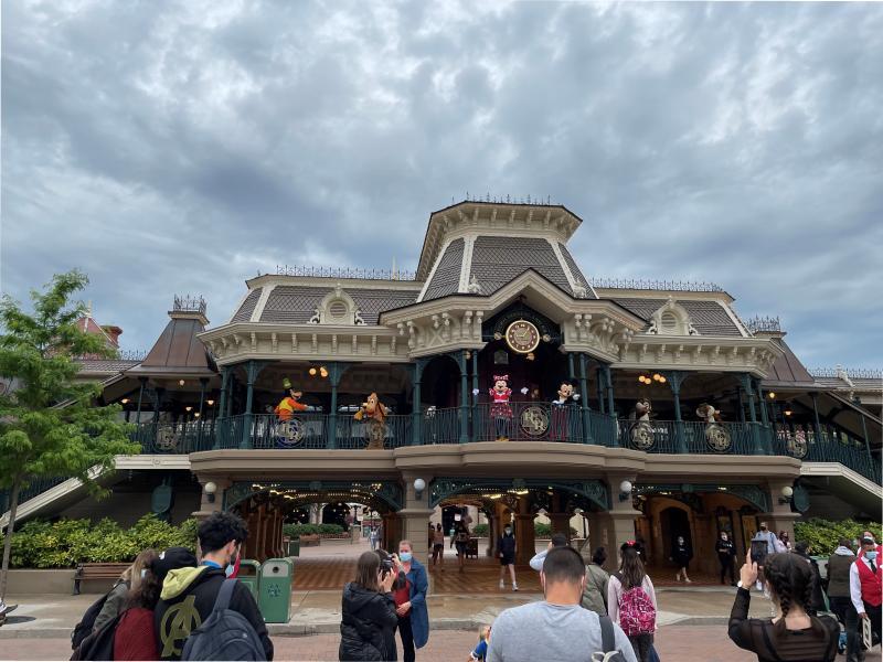 Disneyland karakters gecorrigeerd (Foto: Robbert Willegers)