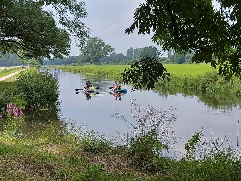 Wandelen, roeien, fietsen, het kan allemaal aan de Niers (Foto: qltel)