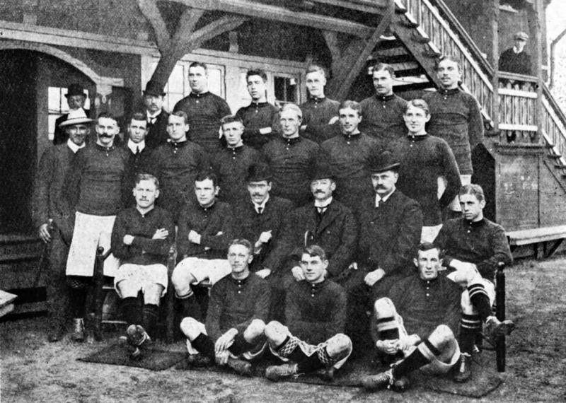 Het Deense team tijdens de Olympische Spelen van 1908 in Londen dat geschiedenis schreef (WikiCommons)