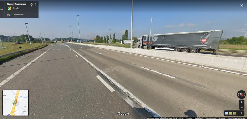 De grens tussen Vlaanderen (onderaan) en Walonië (Bovenaan) (Bron: Google Maps)