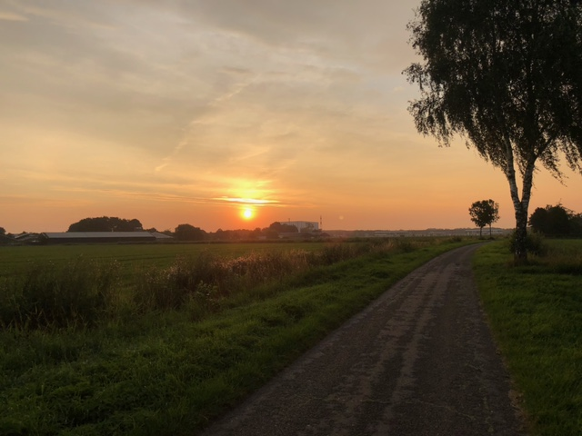 Zonsopkomst in Haps (Foto: Charged)