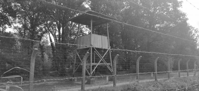 Kamp Vught (Achter het prikkeldraad)  (Foto: FOK!/DJMO)