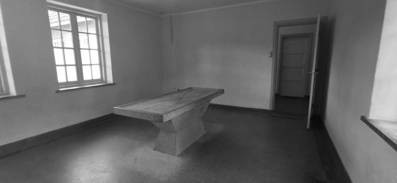 Kamp Vught (Authentieke snijtafel Crematorium)  (Foto: FOK!/DJMO)