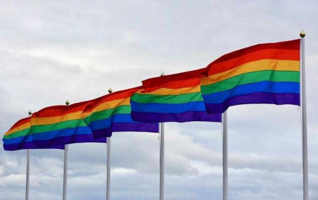 EU wil gelijke behandeling voor homoseksuele stellen en ouders ( Pixabay)